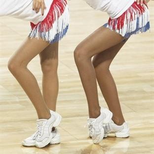 Güzel bacaklılar kariyer için neden daha çok şansl