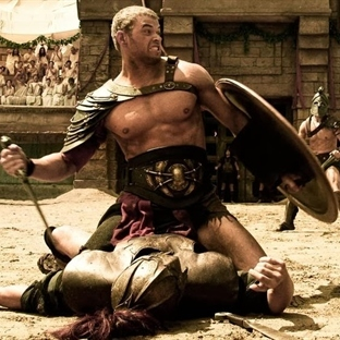 Hangi Herkül:Kellan Lutz vs Dwayne Johnson