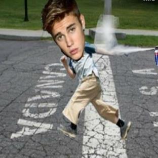 Justin Bieber Sınırdışı Olacak !