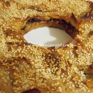 Kek Kalıbında Kıymalı Börek
