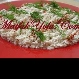Kerevizli Tavuk Salatası