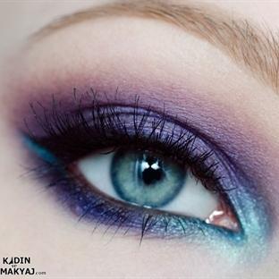Koyu Mor Göz Makyajı