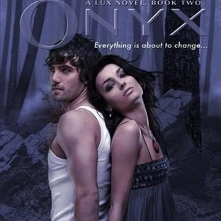 Oniks - Jennifer L. Armentrout / Kitap Yorumu