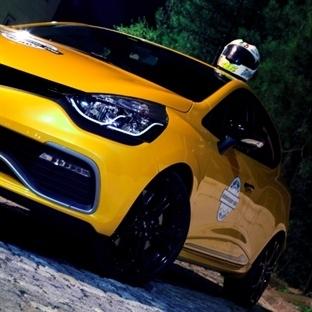 Akıllı Sarışın: Renault Clio R.S. 200 EDC