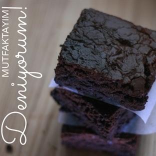 Brownie, hem de en çikolatalısından