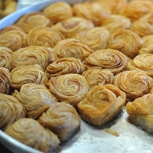 Burma Gül Tatlısı