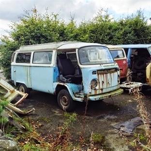 Hippie junkyard