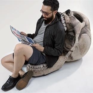 Kafatası Sandalye Bir Başka