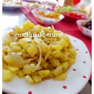 Kahvaltıya Soğanlı Patates