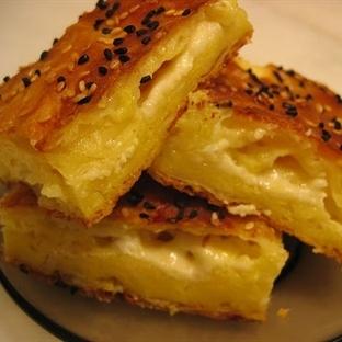 Kaşar Peynirli Börek Tarifi
