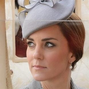 Kate Middleton: Ekose McQueen Manto
