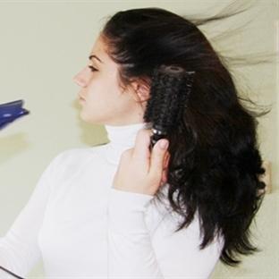 Kuru saçları canlandıran öneriler
