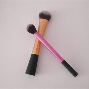 Real Techniques Expert Face Brush ve Setting Brush