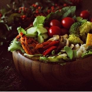 Renk Cümbüşü Salata
