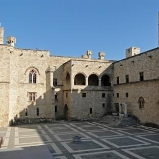 Rodos Büyük Üstatlar ( Grand Masters ) Sarayı