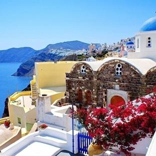 Santorini: Renkten Renge Bürünen Volkanik Ege Adas