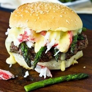 Sizi Zevkin Doruklarına Ulaştıracak 25 Hamburger