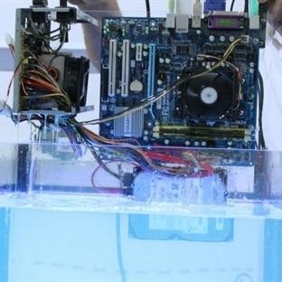 Su içinde çalışan bilgisayar!