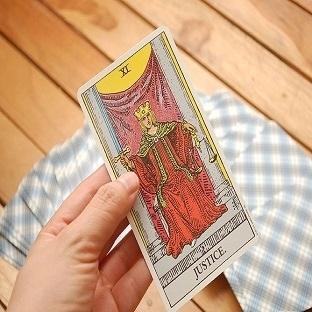 Tarot Falı Tek Kart Açılımı