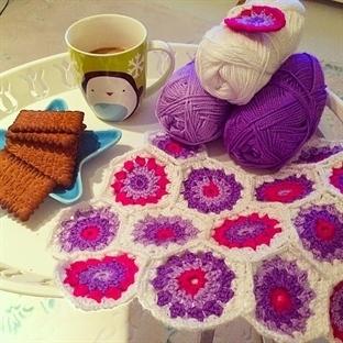 Altıgen Motifli Tığişi (Crochet) Battaniye