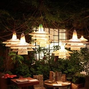 Alvaro Catalan de Ocon'dan Pet Lamp