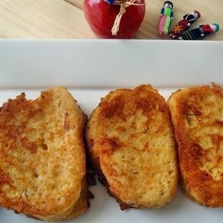 Bir Kahvaltı Klasiği Yumurtalı Ekmek