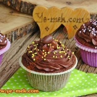 Çikolatalı Islak Cupcake Tarifi