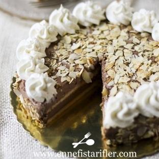 Çikolatalı Kat Pasta