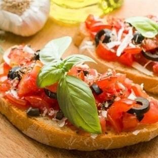 Ekmek Pizzasi Tarifi