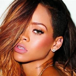 Helin Avşar, Rihanna'yı Giydirecek-miş(?)