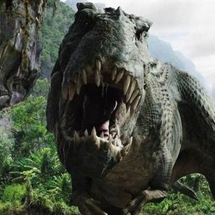 Jurassic World'den İlk Fragman