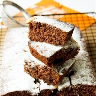 Kakaolu Hurmalı Kek Tarifi