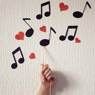 Kasımda Aşk Başkadır Temalı En Güzel 11 Şarkı