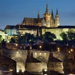 Prag'da Gezilecek Yerler – Prag Dans Eden Ev – Pra