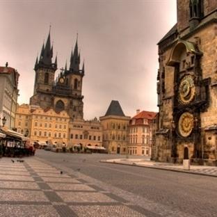Prag Old Town Meydanı – Prag Eski Şehir Meydanı