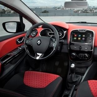 Renault Facebook'u arabanın içine soktu