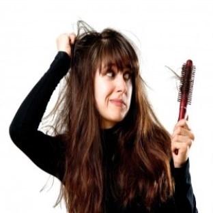 Saç Dökülmesinin en Büyük Sebebi.....