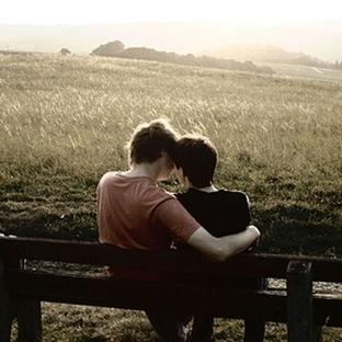 Sevgili Özlemiyle Yanıp Tutuşmak