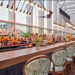Suzy Nasr'dan Dubai'de Iris Rooftop Bar