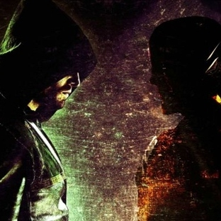 The Flash/Arrow Crossoverına Dair