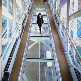 Tower Bridge'de Artık Cam Yürüme Bölmesi Var!
