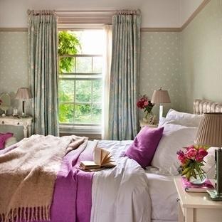 Yatak odası dekorasyonunda şık detaylar