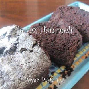 Yeşil kabaklı, çikolatalı enfes kek