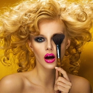Yüzünüzdeki Kusurları Kapatacak Makyaj Teknikleri