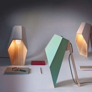 Alessandro Zambelli'den Woodspot Masa Lambası