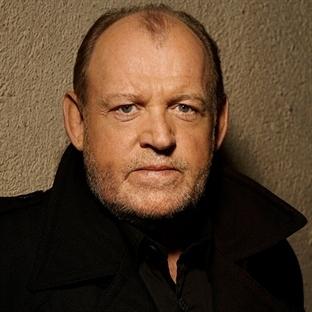 Efsane müzisyen Joe Cocker hayatını kaybetti!