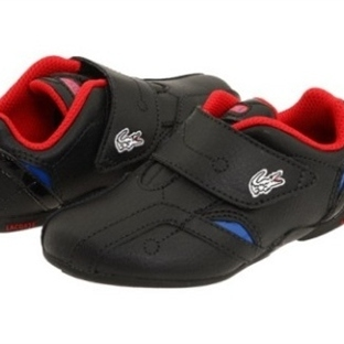 Erkek çocuk için spor ayakkabı modelleri (Lacoste