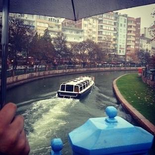 Eskişehir: Çok Gezen mi Bilir, Çok Yiyen mi?