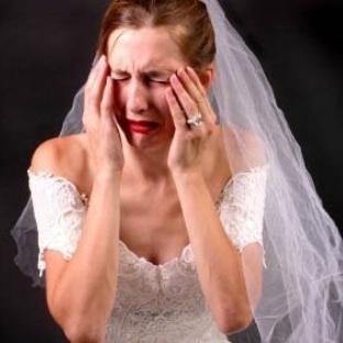 Evlilik Stresi Saçları Dökülüyor