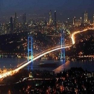 Falda Köprü Görmek